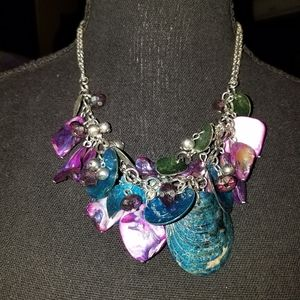 Jewelry - Boutique Shell and Glass Necklace